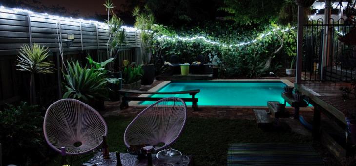 ¿Cómo elegir la iluminación de mi piscina y jardín?